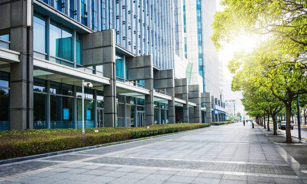 Investir em imóveis residenciais ou comerciais: o que é mais vantajoso?